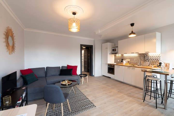 LE CÔTÉ RIVIÈRE, appartement moderne & chaleureux