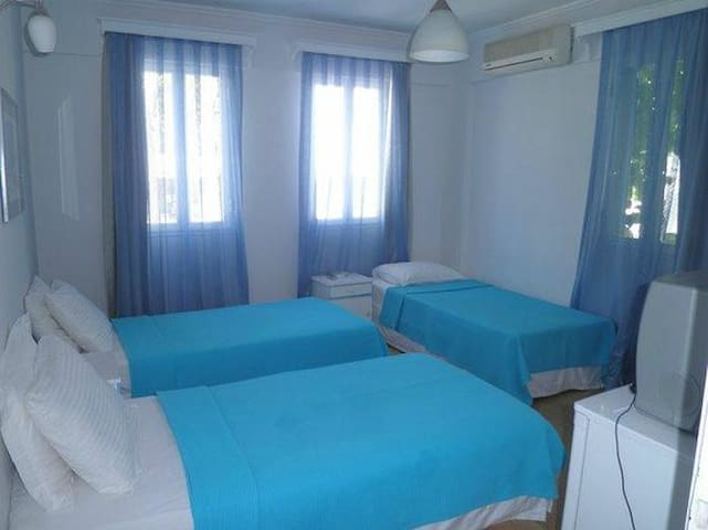 Boutige Triple Rooms with Breakfast near the Sea - Bodrum - Bed & Breakfast