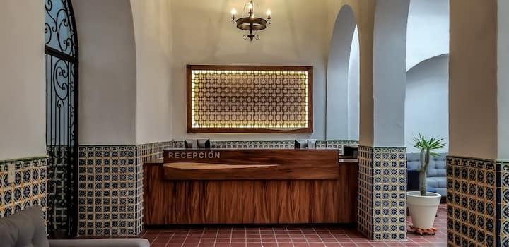 Habitación Cuádruple/Hotel Real de Castilla/#213