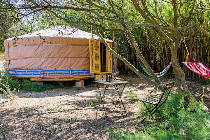 Rural yurt accommodation near the beach-Yurt 2