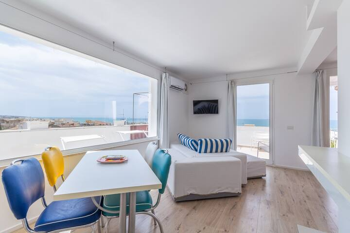 Socrate, Apartment with sea view