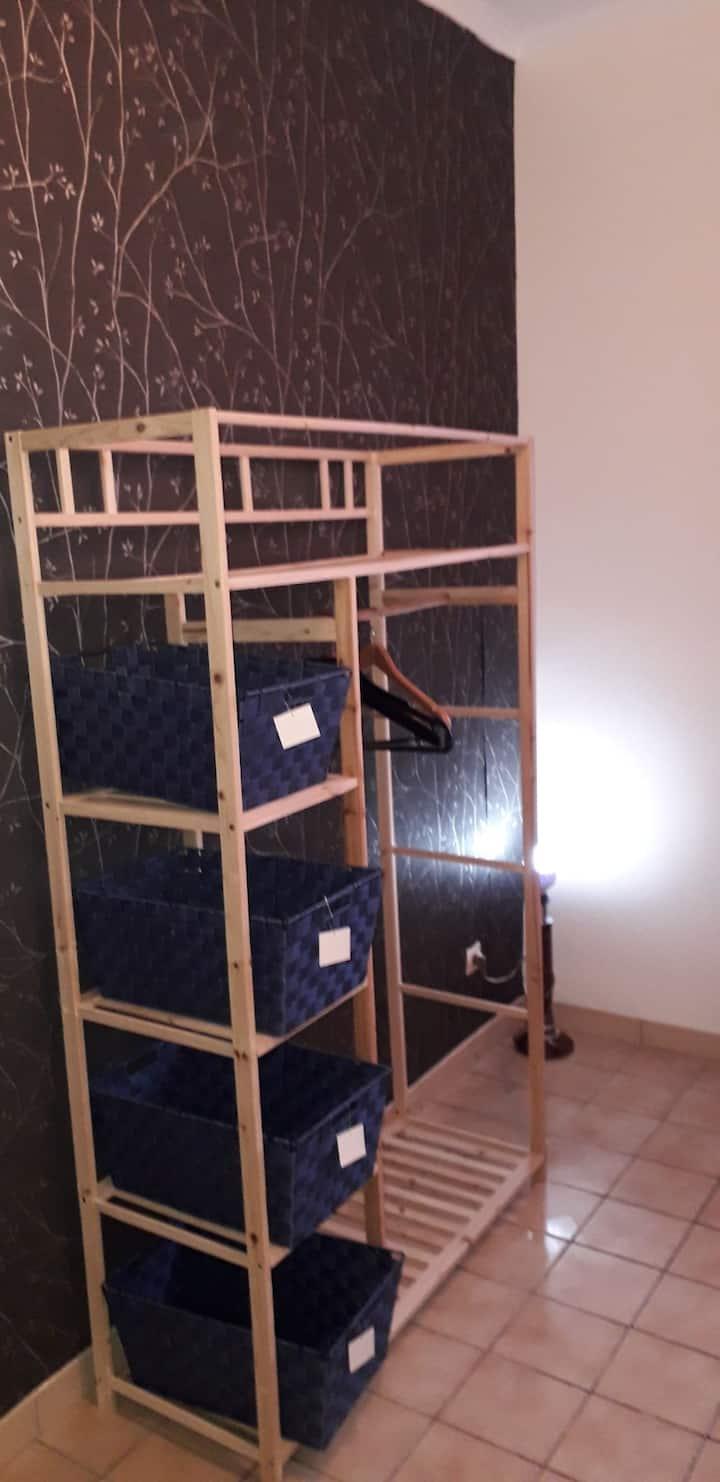 Chambre dans appartement meublé refait à neuf,
