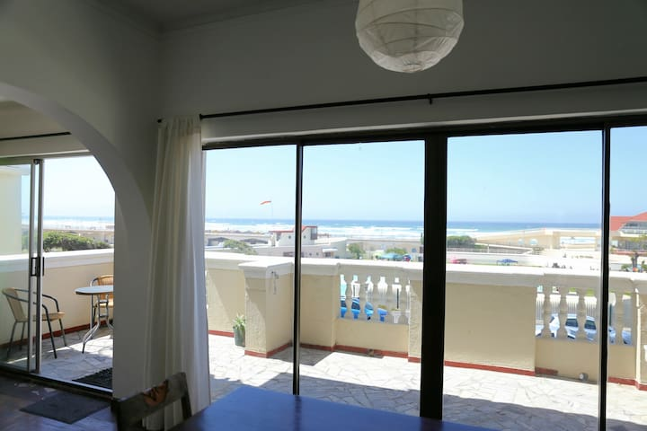 Spacious & Central Seaview Home - Cape Town - Daire