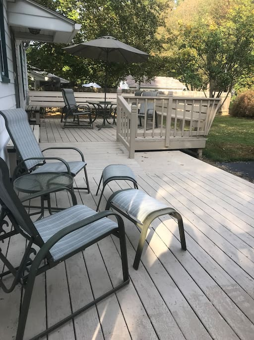 Back deck and Patio - Also Has A Grill