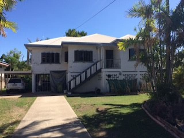 Neat, comfortable classic old Queenslander