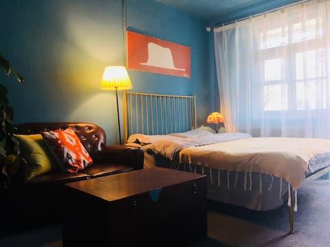 如常民宿旧房改造_藍色雙人房-桂林路商圈·南湖公園·地鐵站·應化所