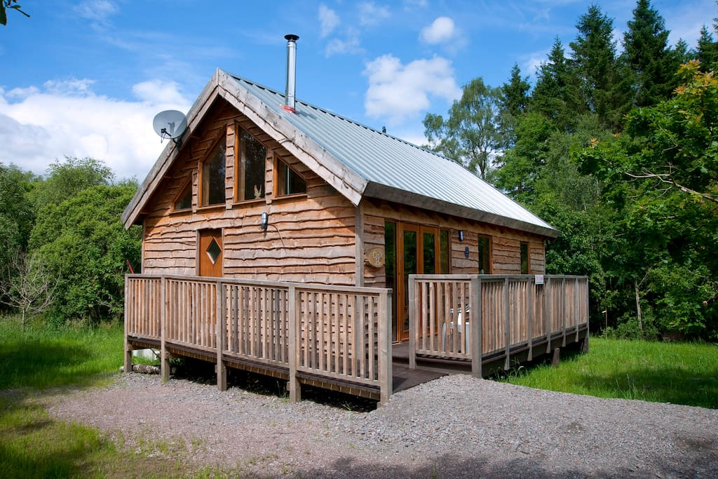 Oak log cabin with hot tub chalet in affitto a argyll for Persiane delle finestre di log cabin
