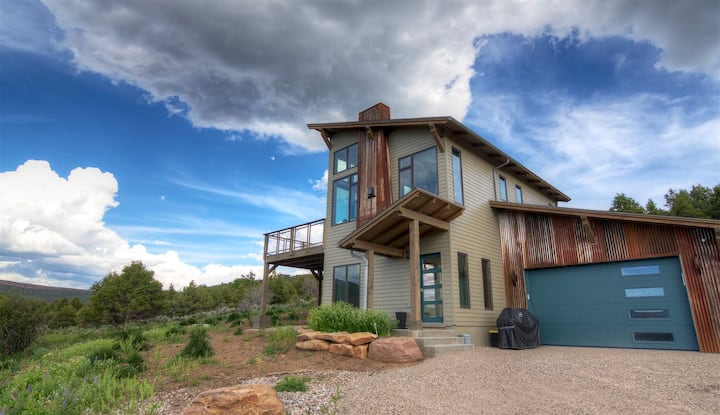 MoonFlower, 2/2.5 Private Retreat w/Amazing Views