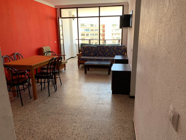Nice room a 2 minutes to walk at yumbo center