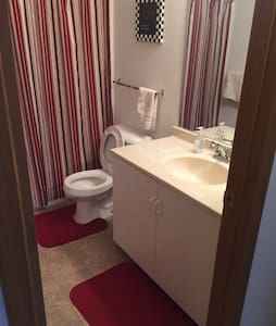 Room/bathroom and all you need - Toledo