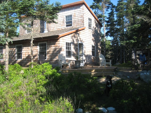 Bramble Lane Cottage by the Sea - Sable River - House