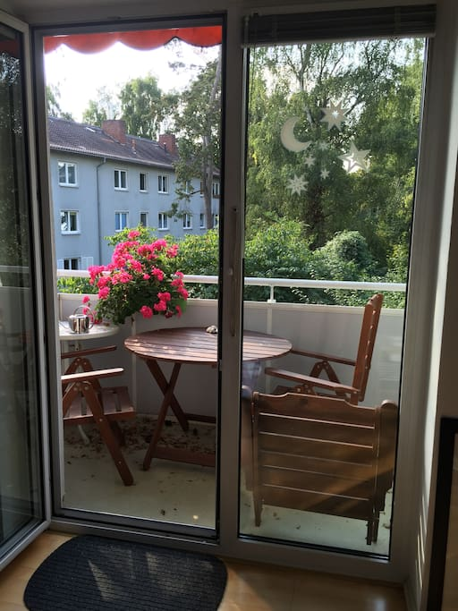 Quiet Sunny App Near Trainstation Apartments For Rent