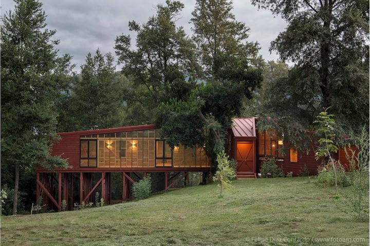 Moderna casa en el Lago Colico, Patagonia Chilena