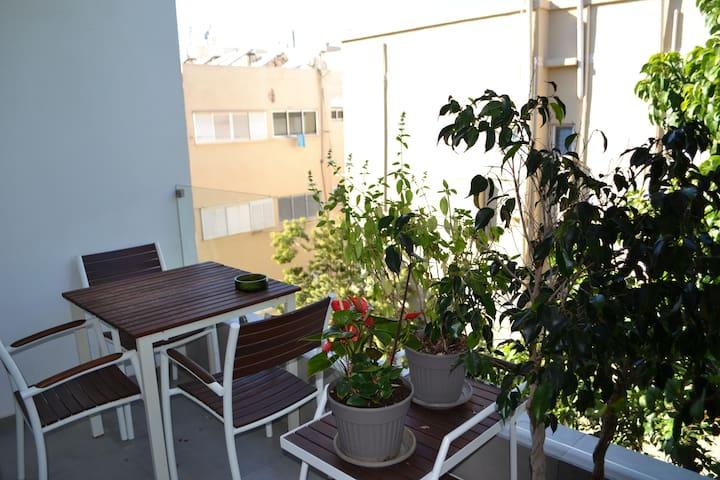 Beautiful and Quiet Balcony