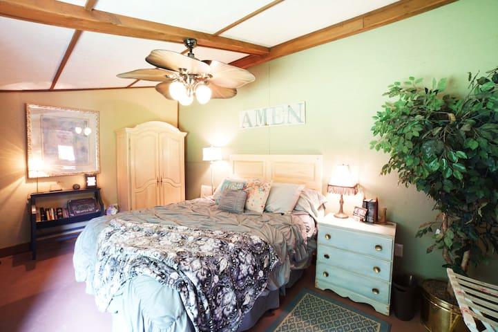 The Tack House Private 1 Bedroom Retreat Getaway - Oldham County - Appartement