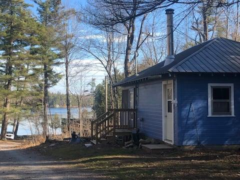 Cabin 5 The Blue Cabin