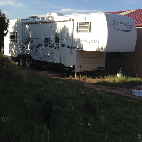 Canon City Cactus Ranch 5th Wheel - Penrose - Karavan