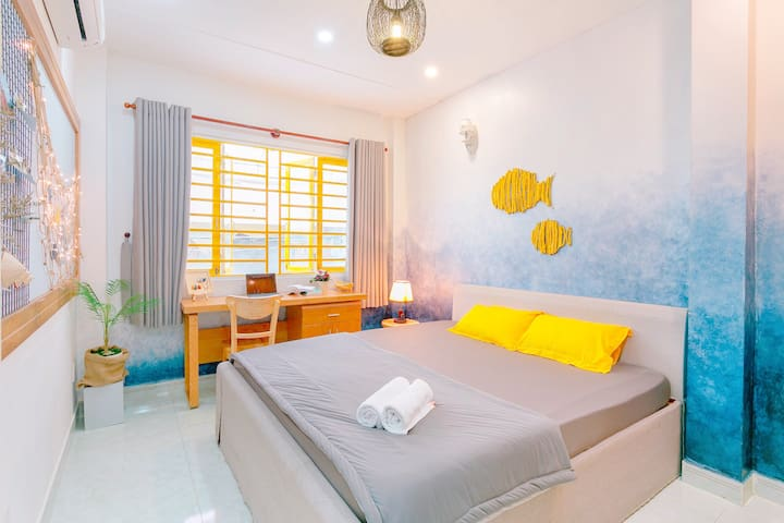 qcub1_2_Oceania House_FREE Laundry+Kitchen
