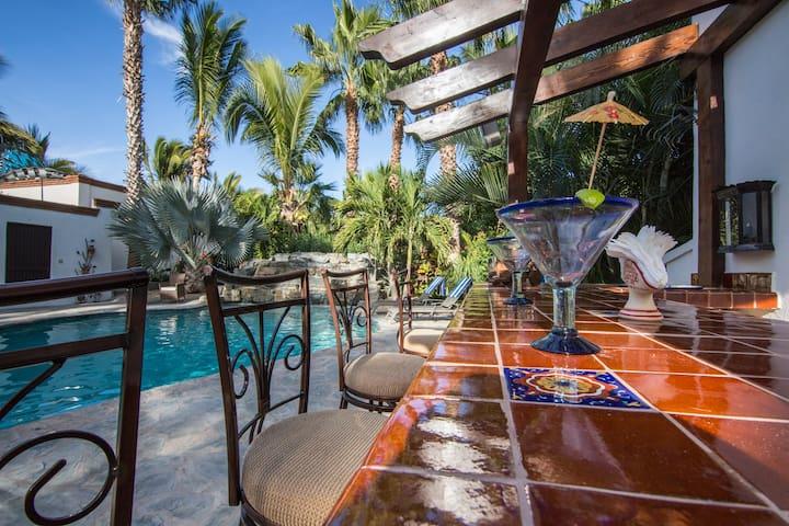 Casa Cascada Pool casita !  private guest house !