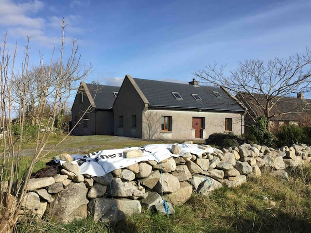 Large seaside cottage on the Wild Atlantic Way