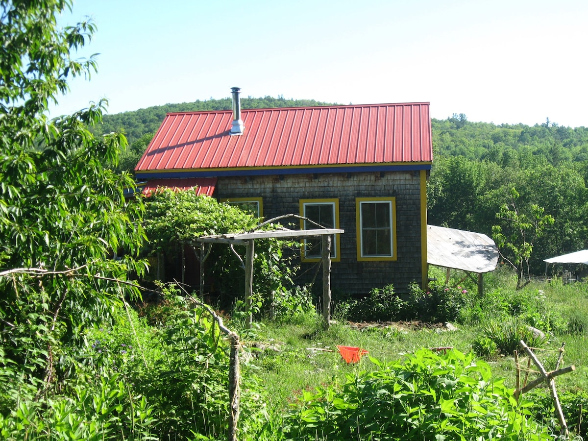 Tenting on Many Hands Farm - Tents for Rent in Thorndike Maine United States & Tenting on Many Hands Farm - Tents for Rent in Thorndike Maine ...