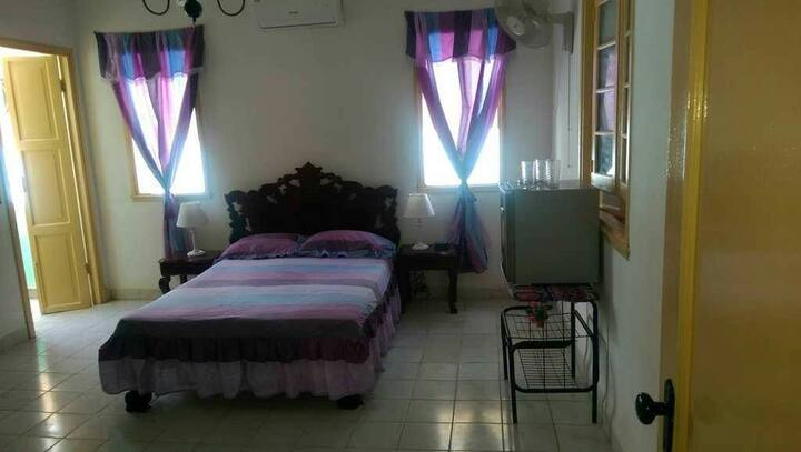 Lisy's Vedado Penthouse: Room 2
