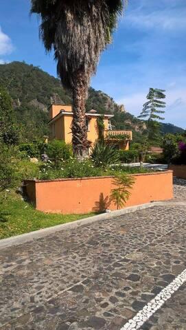 villa de los  Abuelos - Taxco - Dům