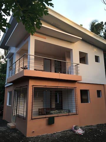 Lattis & Meris guesthouse - Idio, Sebaste - House