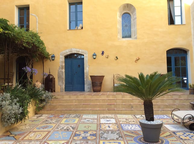 Chambre double baignoire Gaspard - Besse-sur-Issole - Bed & Breakfast