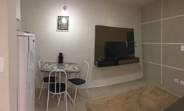 Pequeno Apartamento em área central