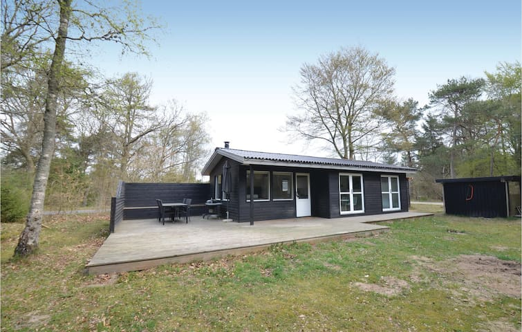 Holiday cottage with 2 bedrooms on 55m² in Ebeltoft