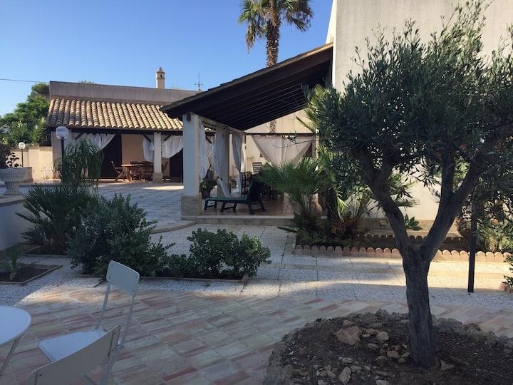 Villa Cala Monaci