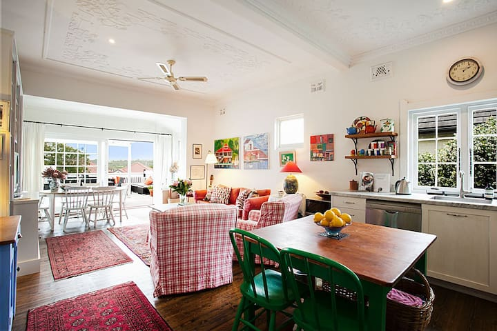 Weekend escapes - charming cottage, Cremorne