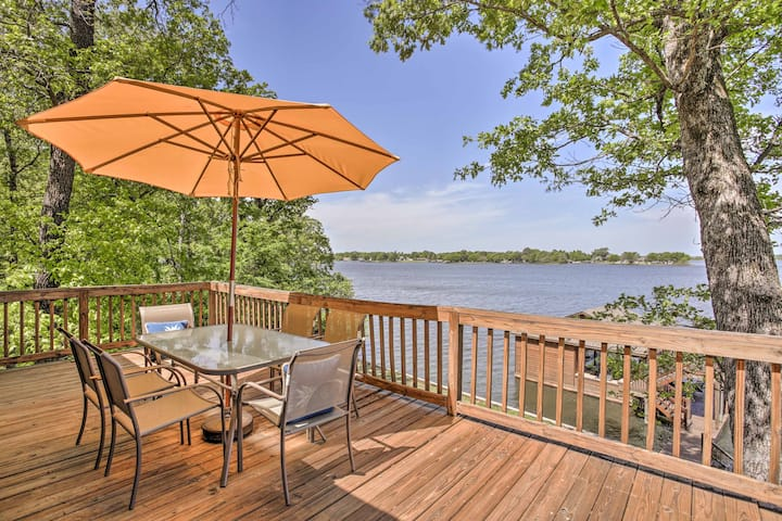 Pittsburg Family House on Lake Bob Sandlin w/Dock!