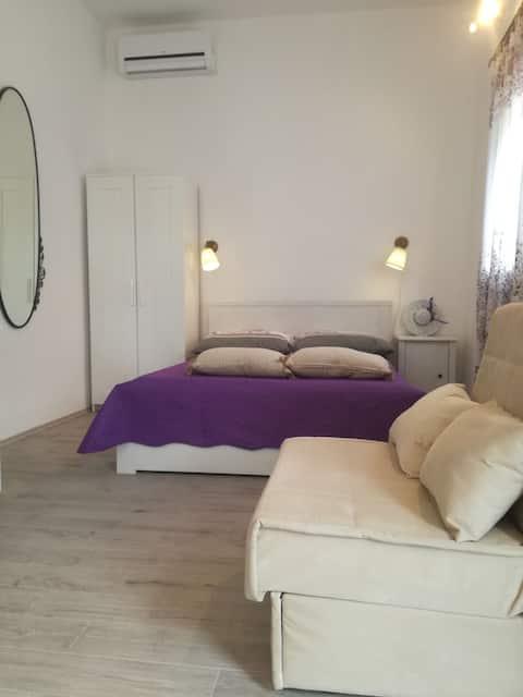 Studio apartment Aria