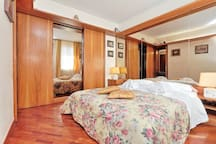 Frattina Family Romantic Superior Suite