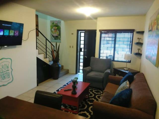 House in Tijuana Otay 5 min Airport,Border,Uabc