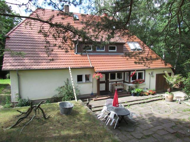 Dachkammer im Haus am Hang - Neubrandenburg