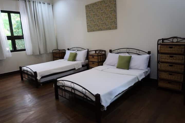 Balay 8 Suites- Bed and Breakfast #2