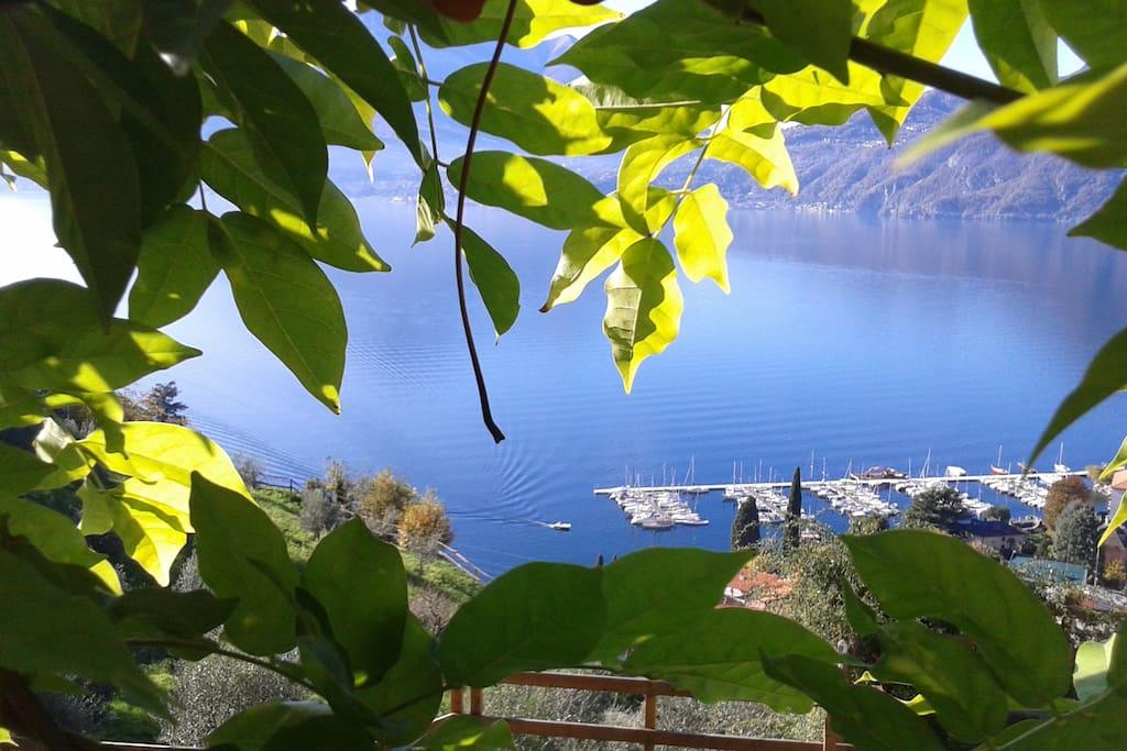vista panoramica dalla frazione di Bonzeno ( Bellano )