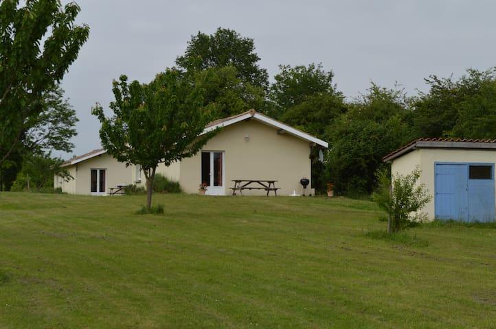 les gîtes du haras - Saint-Sauveur - Ev