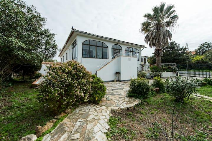 Casa con piscina a 2 passi da Luz - Luz - Hus