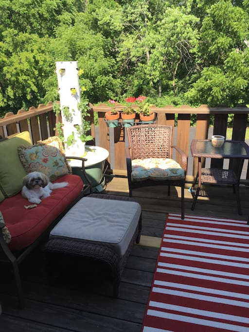 Private deck! Even a tower garden during the summer months!