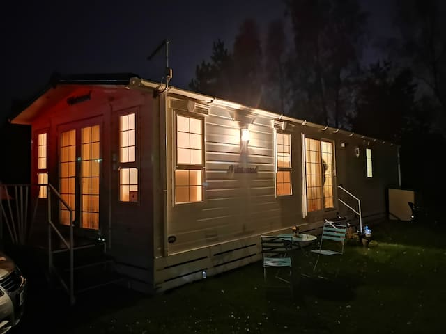 Cosy Holiday Home, spa, sauna & eve entertainment