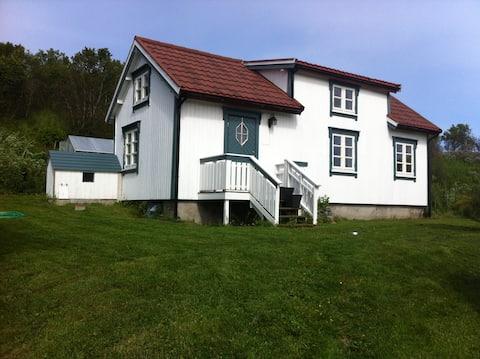 Nordlandshus ved Lofotr