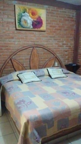 Habitaciones para dos personas - Bernal