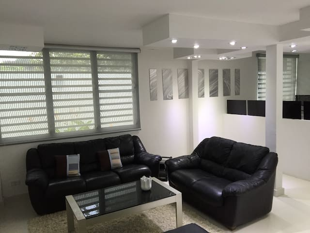 Superb luxurious 1/1 apt in 5* City of Guaynabo