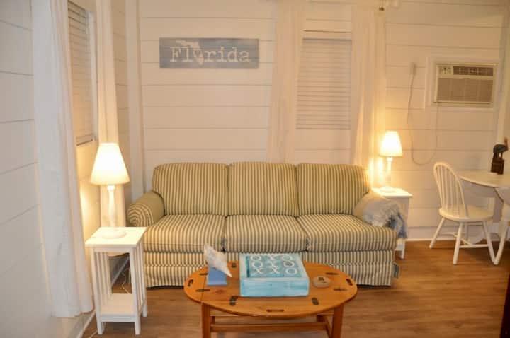 The Sea Breeze Cottage # 19-0715