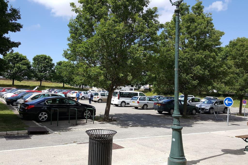 le parking.