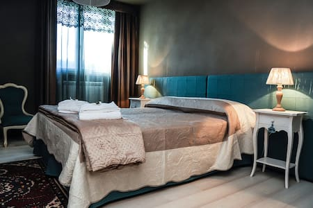 Lussuoso appartamento in splendido Resort - San Pietro Belvedere - บ้าน